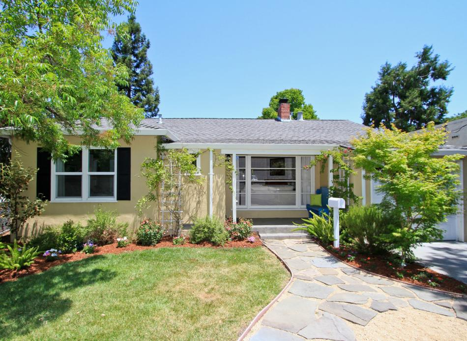 1007 Iris Street, Redwood City